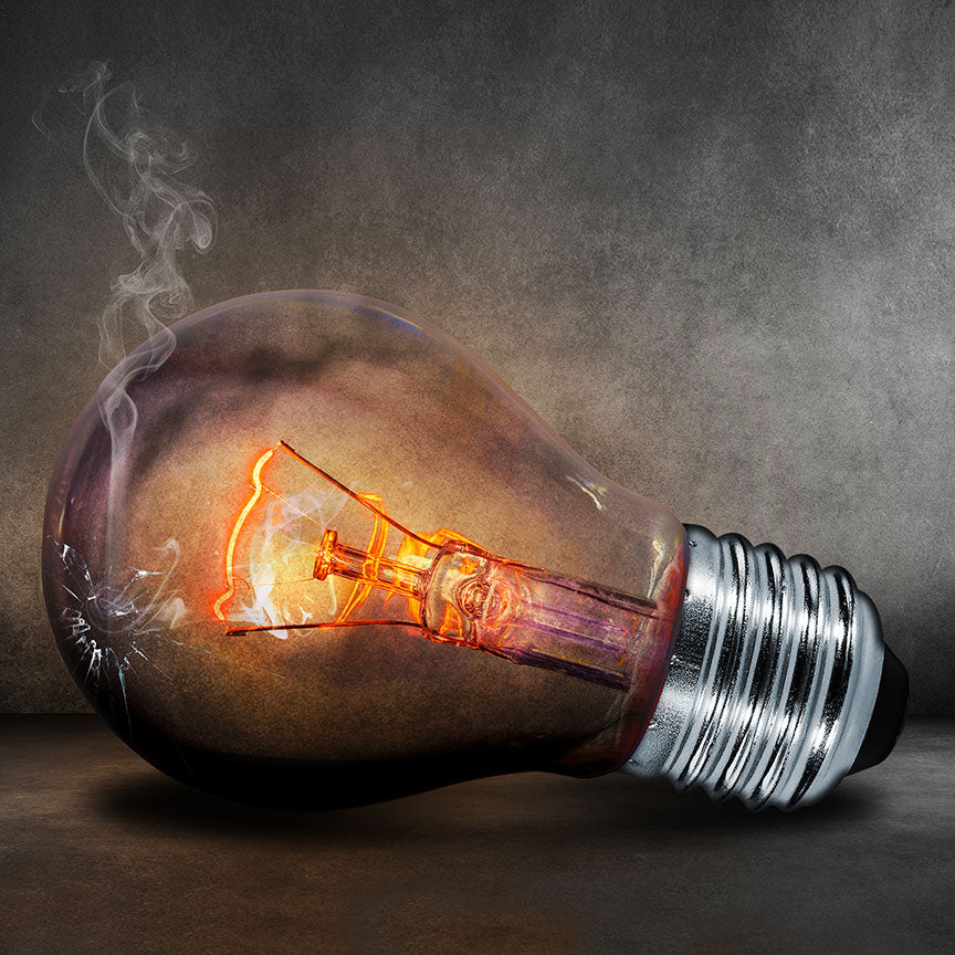 Electric Bulb in Grunge Style – Modern Art Printed on Metal