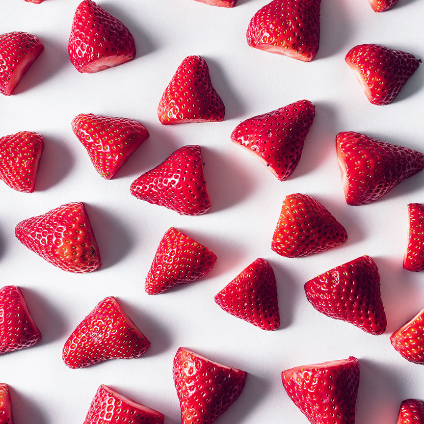 Sliced Strawberries Pattern – Kitchen Art Photo on metal