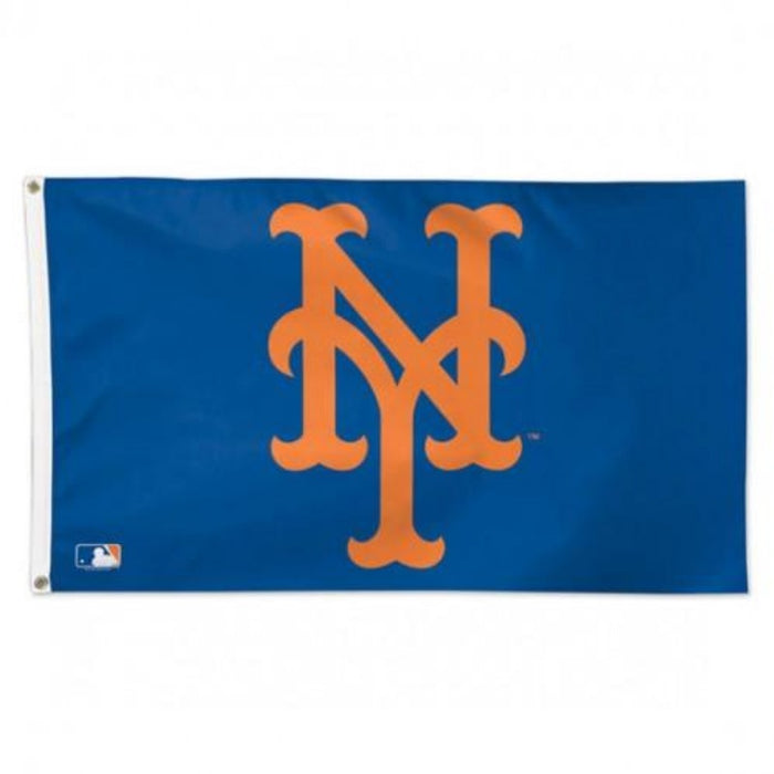 blue flag with the orange new york mets logo in the center