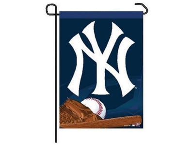 MLB NEW YORK YANKEES GARDEN FLAG