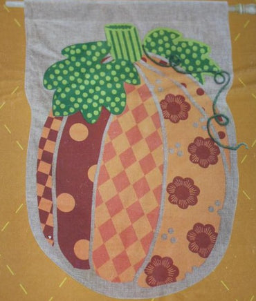 PATCHWORK PUMPKIN BANNER FLAG