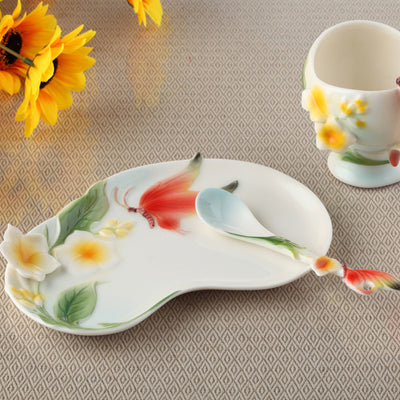Bone China Ceramic Enamel Coffee Cup European 3D Creative Butterfly and Flower Mug cups for Wedding Gift