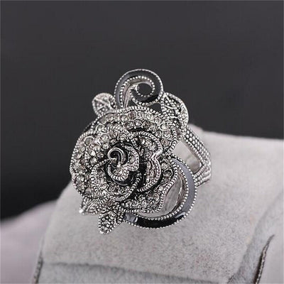 Free - Vintage Black Rose Ring
