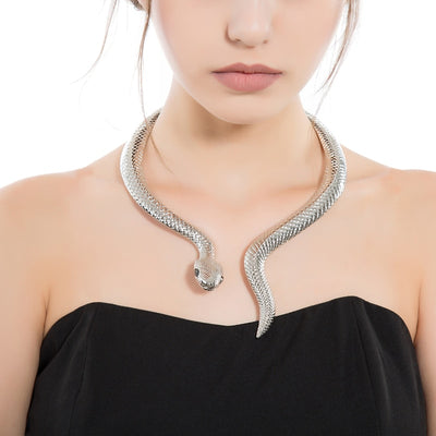 Snake Curved Collar Necklace