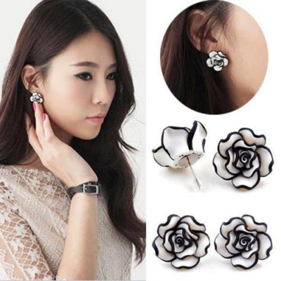 Elegant Black Rose Earrings