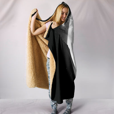 Wolf Howl Full Moon Plush Hooded Blanket