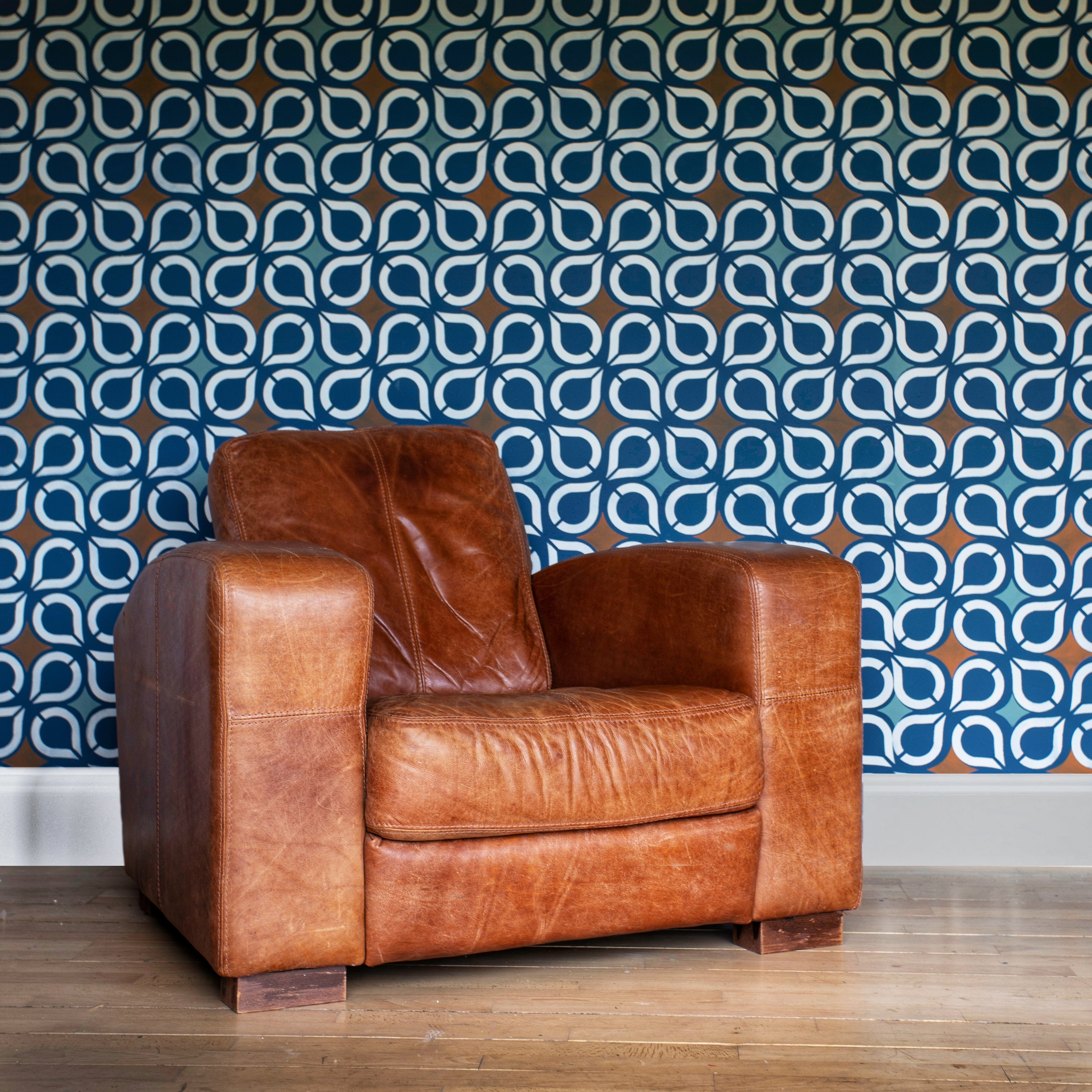 Retro drops feature wall stencil