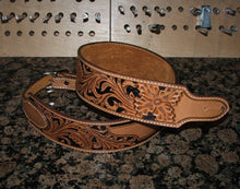 Center Bar Sheridan Floral Guitar Strap