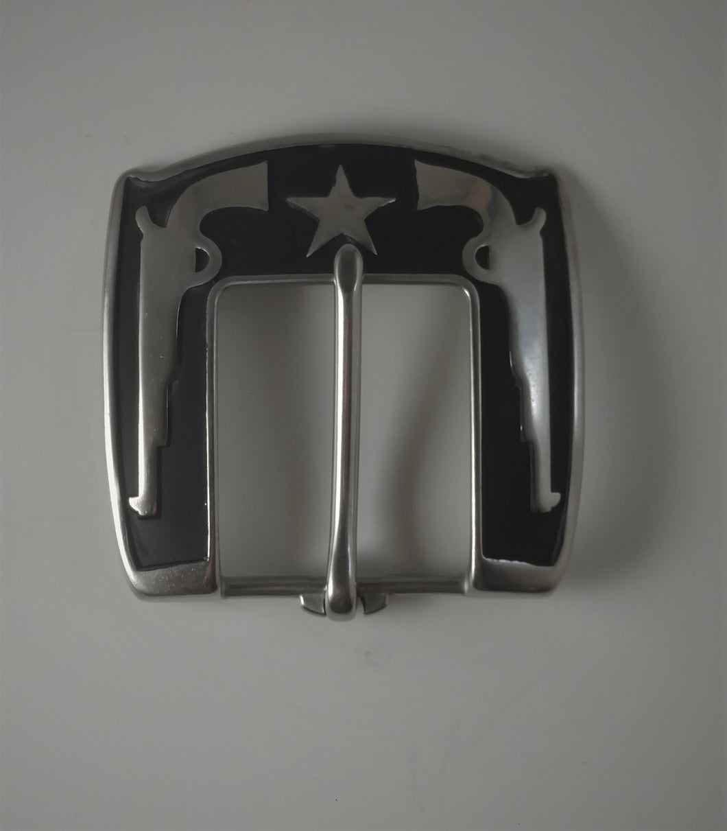 Pistol Hear Bar Buckle