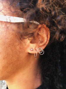 DOUBLE HOOP EARRING
