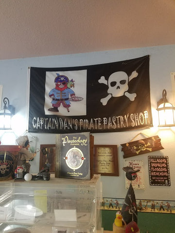 Lincoln City Captain Dan's Pirate Pastries Pacific Northwest Road Trip, Montana Gift Corral