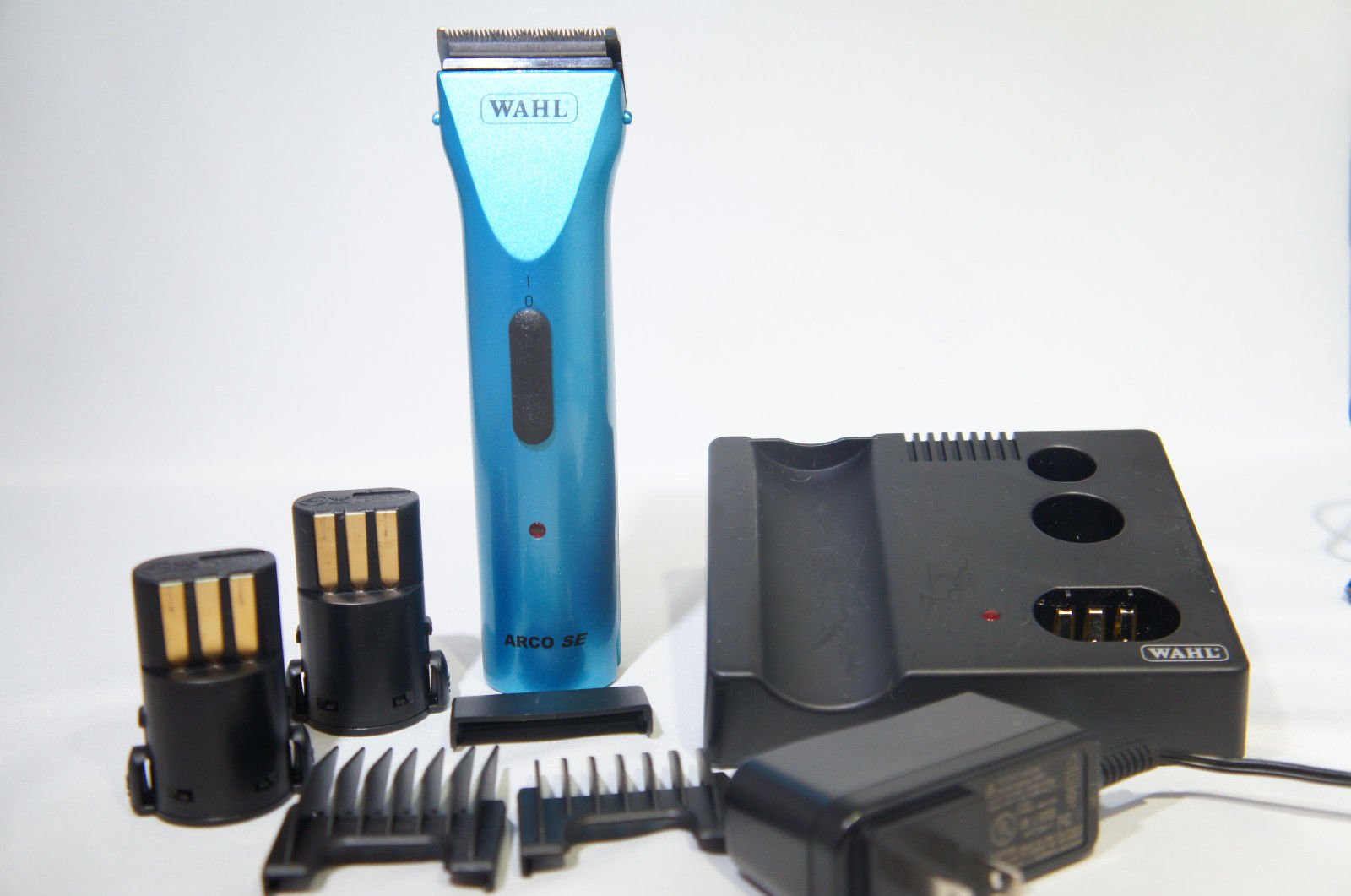 Wahl 8786-1101 Professional Animal ARC, Teal (Like New)