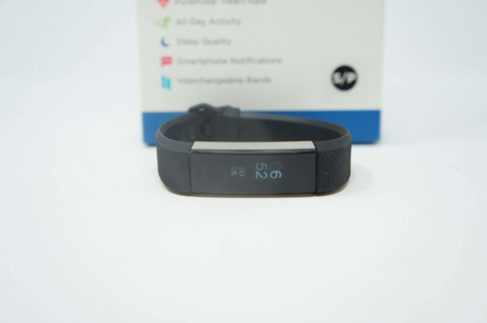 Fitbit Alta HR Heart Rate Fitness Wristband Tracker SMALL BLACK/SLIVER (Like New)