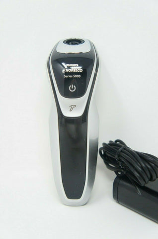 Philips Norelco S5370/81 Electric Shaver 5500 BODY AND CHARGER ONLY (Like New)