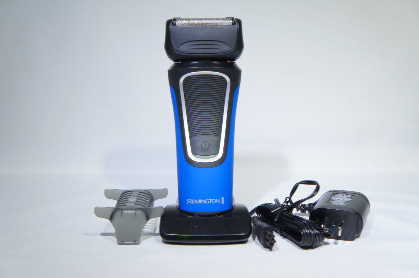 Remington PF7600 F8 Comfort Series Wet & Dry Foil Shaver (Like New)
