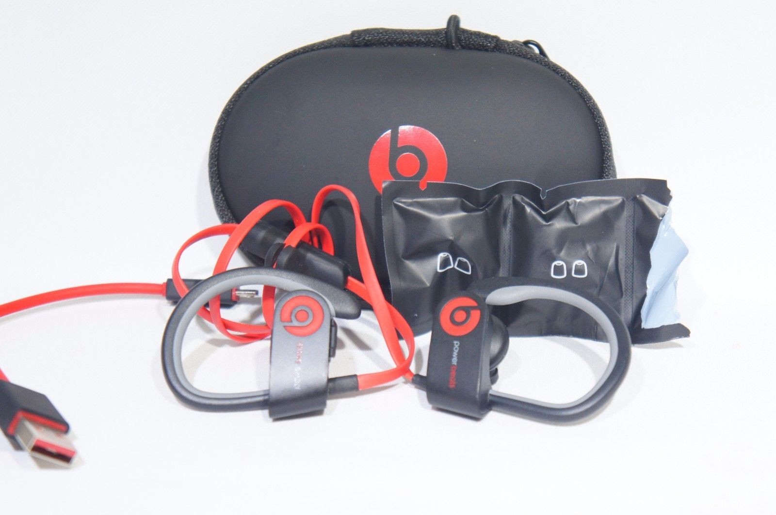 Powerbeats2 Beats Wireless In-Ear Headphone Black & Red (Like New)