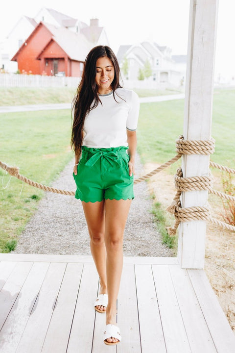 Amber Scalloped Hem Shorts In Green - SHOPTHRIVER