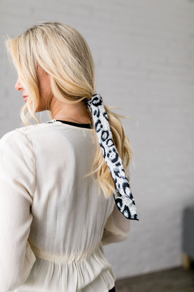 Natural Look Leopard Hair Tie In Gray - SHOPTHRIVER
