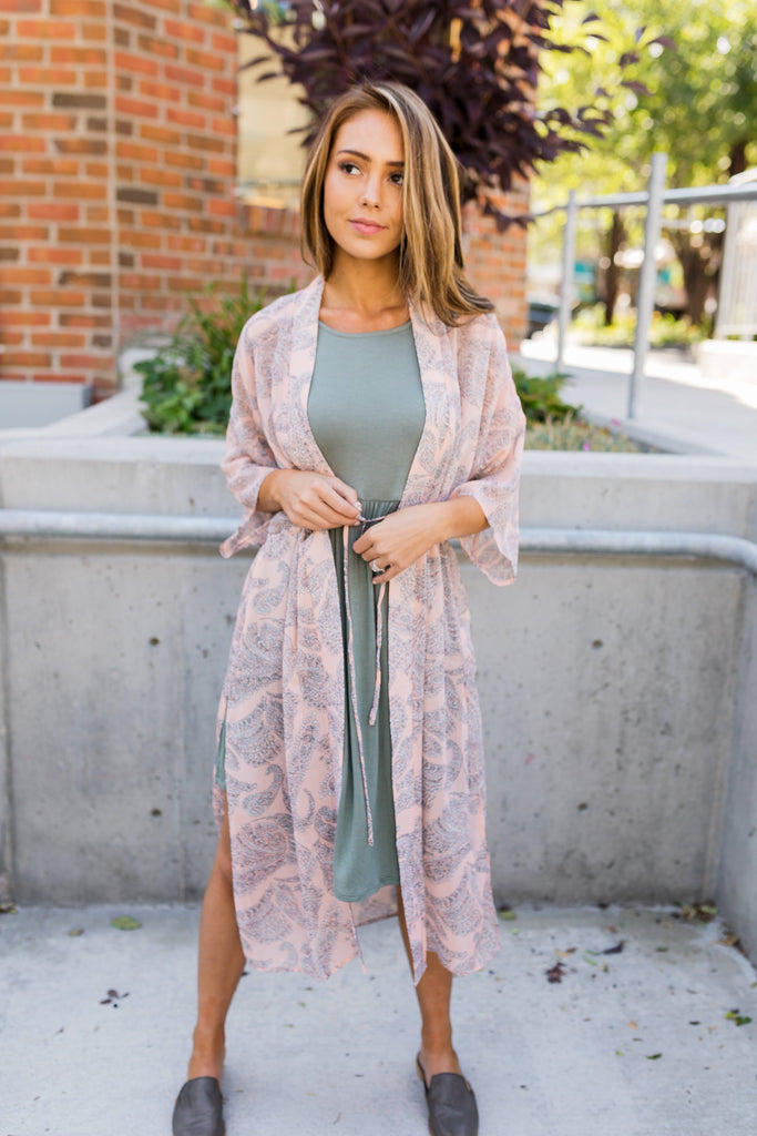 Peach Paisley Kimono - ALL SALES FINAL - SHOPTHRIVER