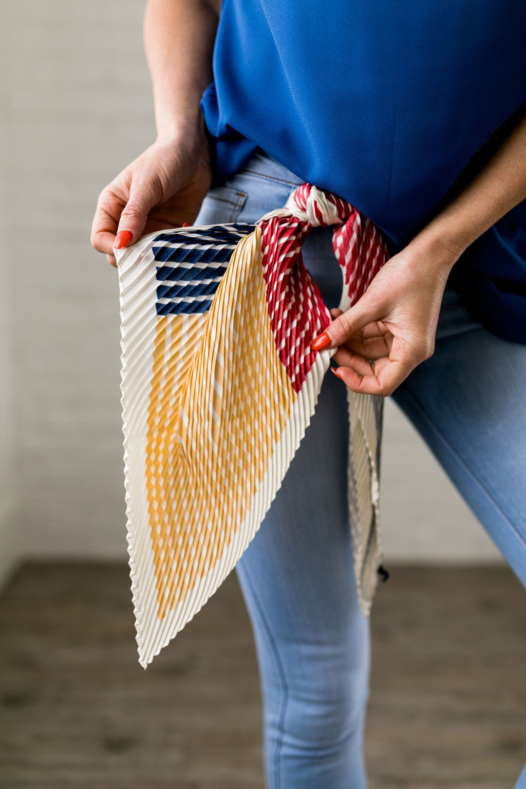 Pleasantly Pleated Accent Scarf - SHOPTHRIVER