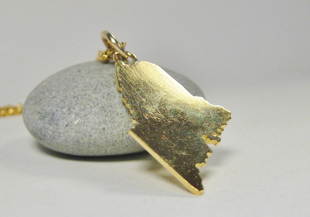 Large 18k Gold State of Maine Pendant