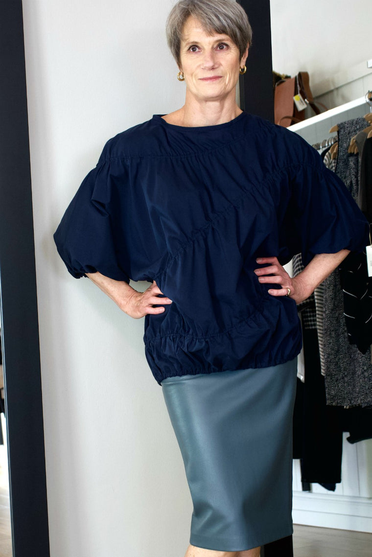 Bell Sleeve Elastic Top - indosso