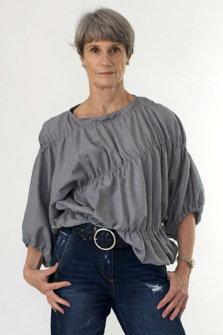 Bell Sleeve Elastic Top in Wool - indosso