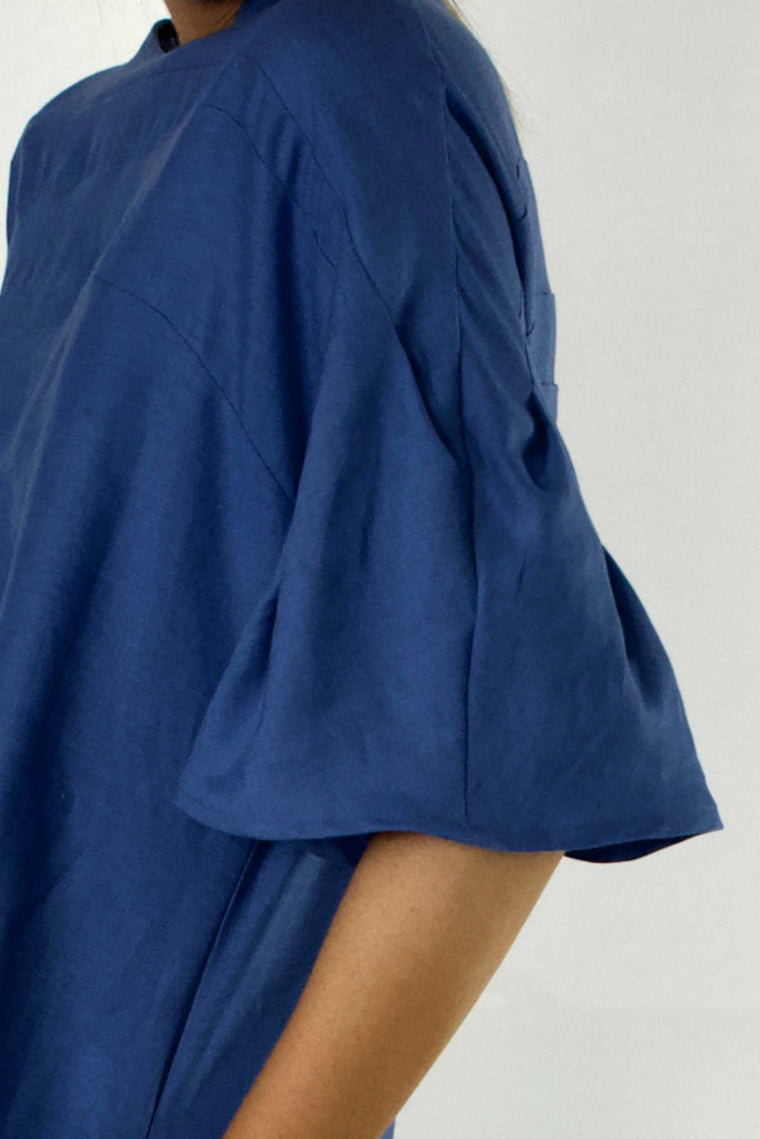 Bell Sleeve Dress - indosso