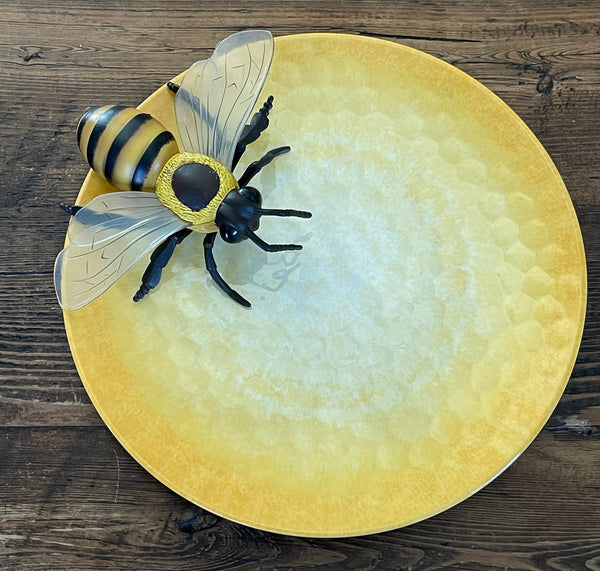 Bee Lovers Appetizer Set - Plate, Napkins and Jam Spreader