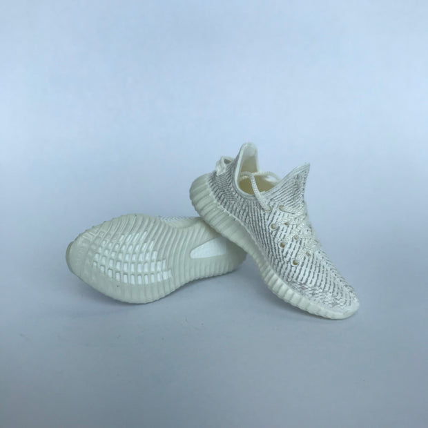 YZY Boost 350 V2 Static 3D Keychain - 3D Kicks Tech