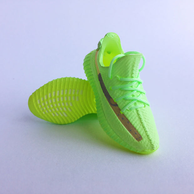 YZY Boost 350 V2 Glow 3D Keychain - 3D Kicks Tech