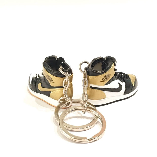 Air Jordan 1 Gold Toe 3D Keychain - 3D Kicks Tech