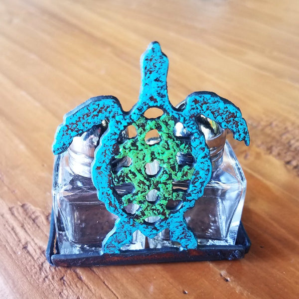 Salt & Pepper-Turtle