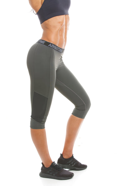 Signature Series Women's Capri Legging - Grey