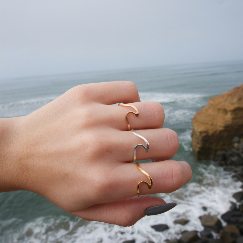 Wave Ring (3 Colors)