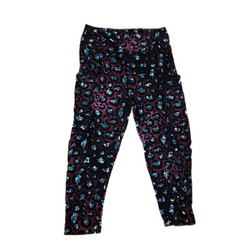 Sparkle Cheetah Capri Leggings with Pockets