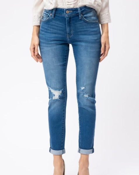 Mid Rise Med Wash Jean