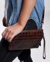 Bed|Stu Bayshore Crossbody-Wallet-Clutch 3 in 1 in Teak