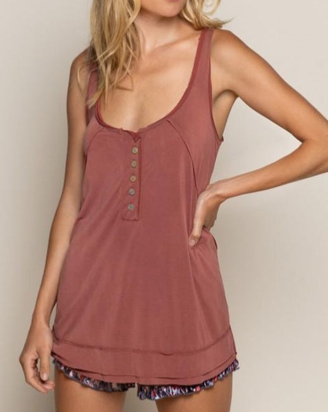 Henley Tank in Brick