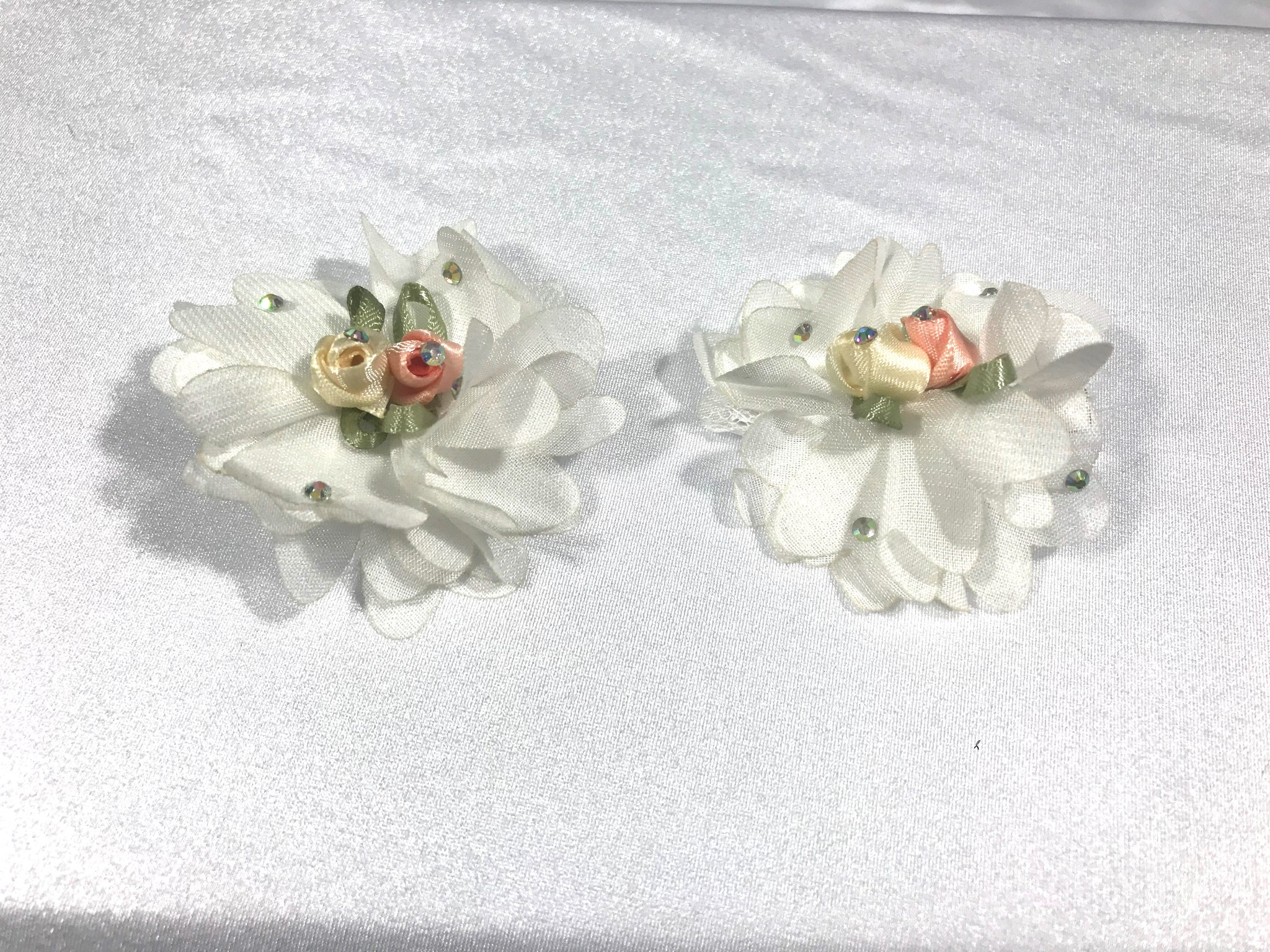 Flower Filled Rose Clips