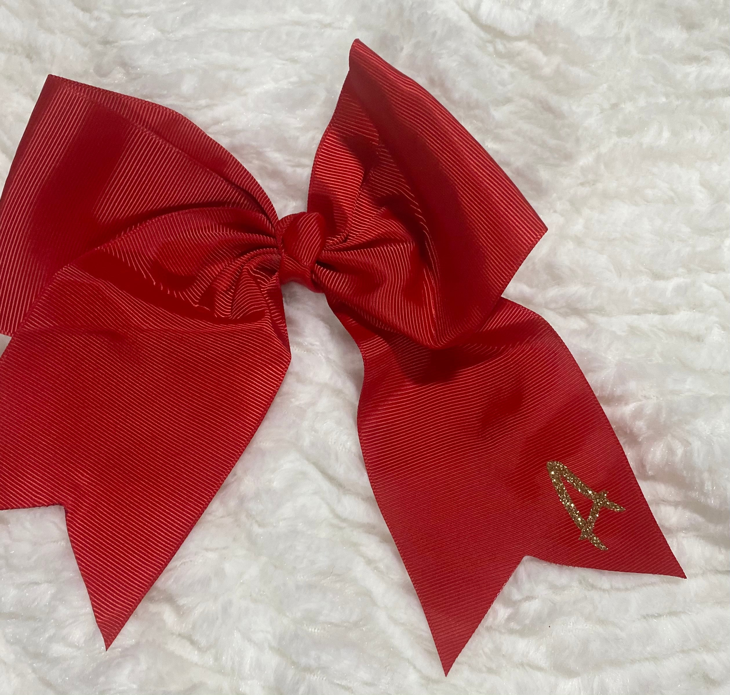 Large Initial Bow