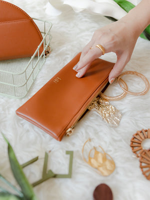Averi Case in Caramel Brown