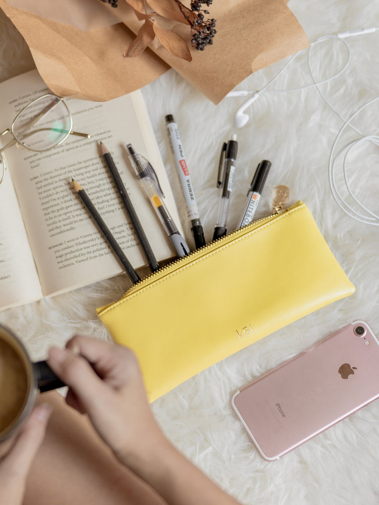 Averi Case in Butter Yellow