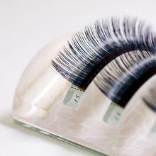 Miss U Plate for Volume Lash Application