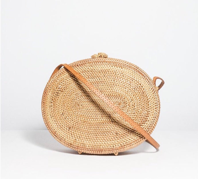 Darcy oval weave bag