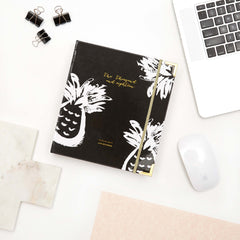 2018 Amelia Lane Life Designer, Signature Weekly (Black Pineapple)