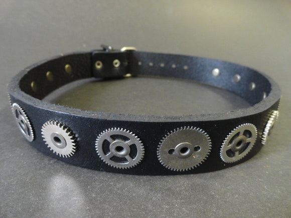 Steampunk Black Leather Choker with Mixed Nickel Gears