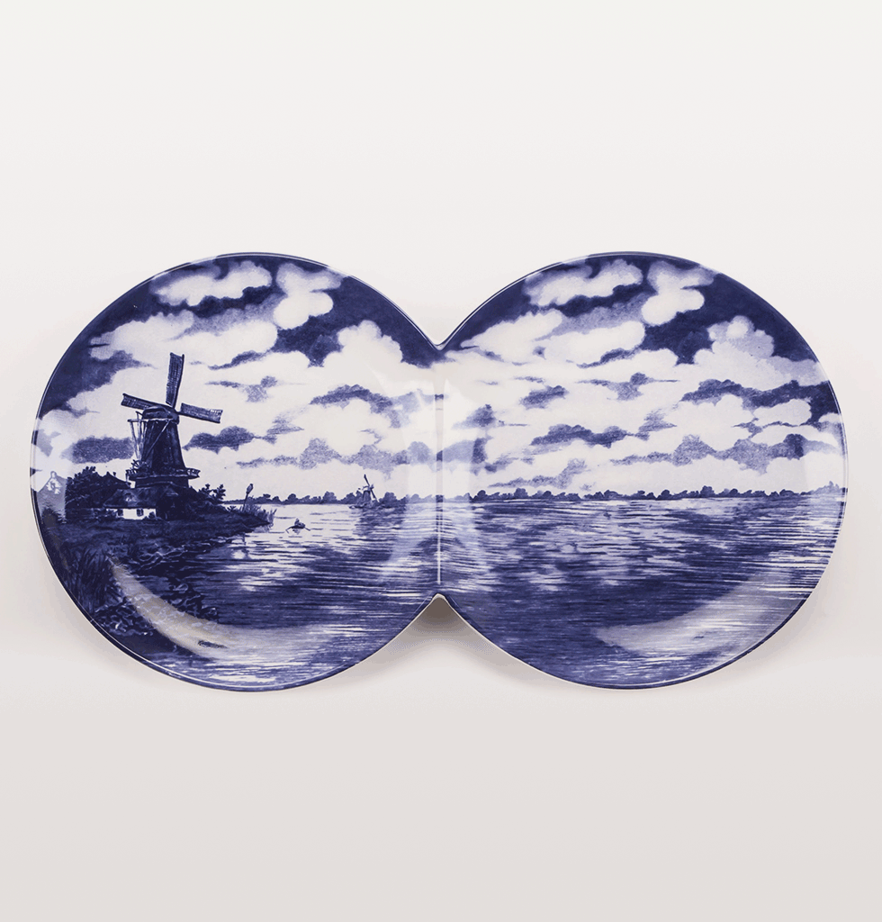 SELETTI | MULTIDISH DOUBLE DELFT BLUE SERVING PLATE. £65 wagreen.co.uk