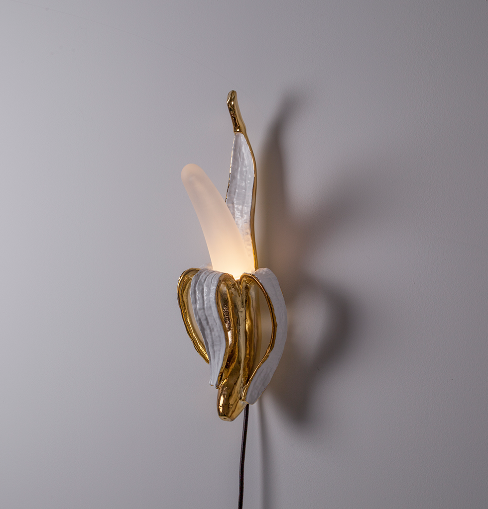 PHOOEY GOLD BANANA WALL LAMP