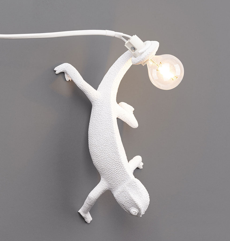 W.A.GREEN | SELETTI | WHITE CHAMELEON LIZARD WALL LAMP LIGHT. £90 wagreen.co.uk